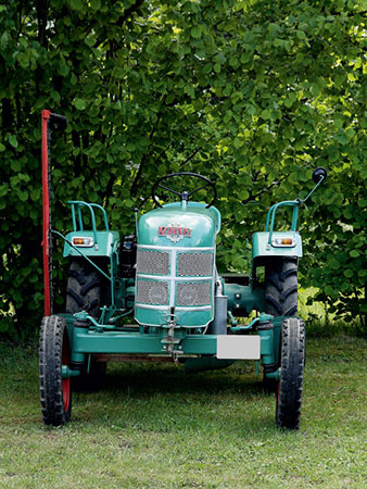 historischer-traktor