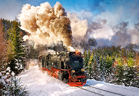 Die Dampflokomotive in der Winterlandschaft