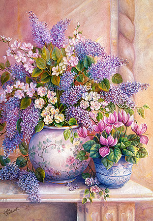 Lila Blumen in einer Vase