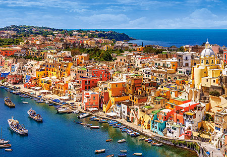 Kleines Fischerdorf in Italien