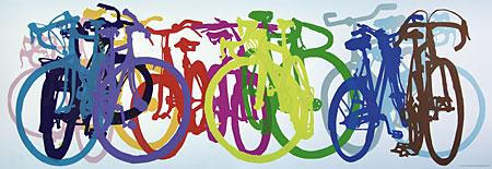 farbenfrohe-fahrrader-in-einer-reihe