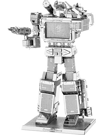 metal-earth-transformers-soundwave