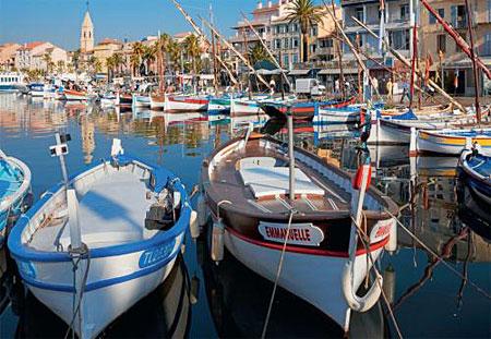 Der Hafen von Sanary-sur-Mer, Frankreich